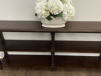 Haverty's Sofa Table for Sale in Franklinton,  NC