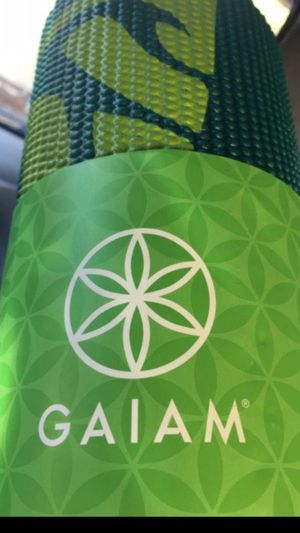 * **GAIAM BRAND *** BRAND NEW - NEVER BEEN USED YOGA MAT-TEAL GREEN for Sale in San Jose, CA