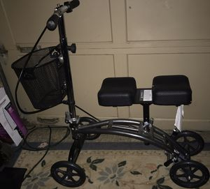 Knee Scooter for Sale in Springfield, OR