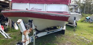 1999 hurricane Deck boat 4.3 cobra engine for Sale in Zephyrhills, FL