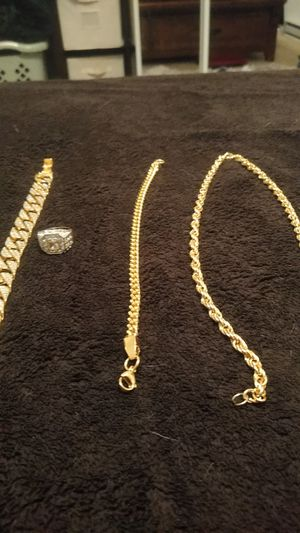 Gold plated 30in men's chain and bracelet w/iced men's fat bracelet and iced ring size 8 for Sale in Spokane, WA