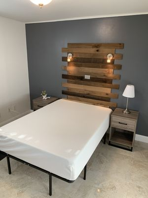 Bedroom Set: Full Bed, 12' Foam Mattress + Frame + Night Stands + Lamp. for Sale in Aventura, FL