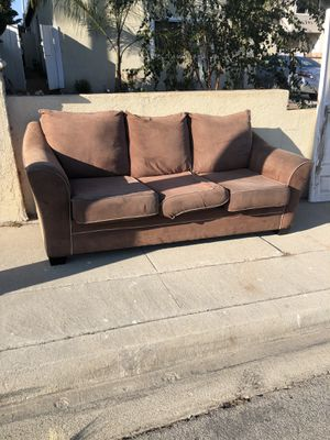 Brown couch Free for Sale in Torrance, CA