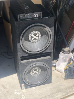 Subs and amp power bass Extreme 700watts hits hard 2100 watt amp for Sale in Denver, CO