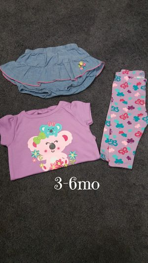 New/like new, baby girls 3-6mo clothing $5 for Sale in Monroeville, PA