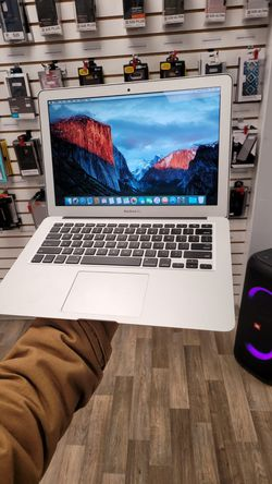 Apple Macbook Air Early 2015 128GB for Sale in Everett,  WA