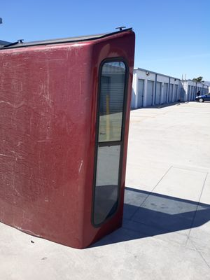 Camper para toyota tracoma 4 cilindros for Sale in Los Angeles, CA