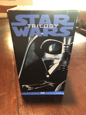 Star Wars Trilogy collectible set for Sale in Gainesville, GA