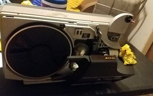 Vintage Bell & Howell motion picture projector 8mm 1440 for Sale in San Antonio, TX