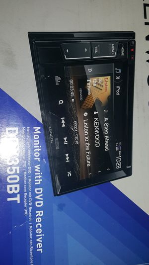 JVCKenwood DVD BT Reciever with Rear Camera Compatibility for Sale in Fort Pierce, FL