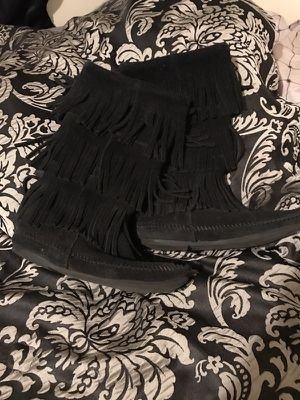 Minnetonka fringe boots for Sale in Rockdale, TX