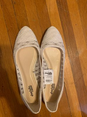 White flats size 9 new for Sale in Jefferson City, MO