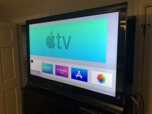 """Sony 52"""" lcd tv for Sale in Houston, TX"""