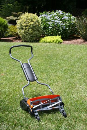 Fiskars StaySharp™ Max Wheel Lawn Mower for Sale in Fountain Valley, CA