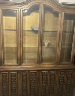 Two Piece China Cabinet for Sale in Union City,  CA