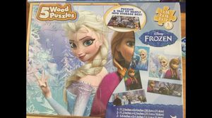 Two new Ana and Elsa children games for Sale in Miami, FL