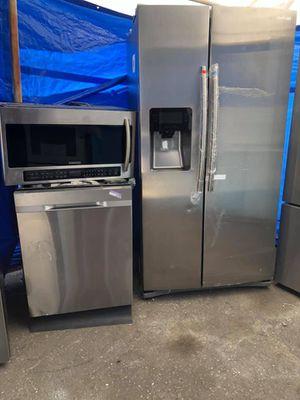 New! Samsung Appliance Kitchen Set! for Sale in Gardena, CA