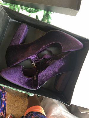 Tahari 8 1/2 Womens Chunky Heels for Sale in Tacoma, WA