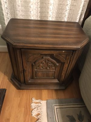 End stand for Sale in Raleigh, NC