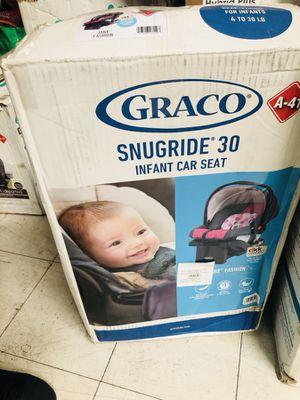 Graco infant car seat for Sale in Las Vegas, NV