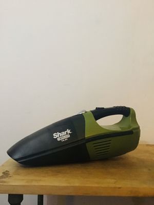SHARK cordless vacuum for Sale in Lancaster, PA