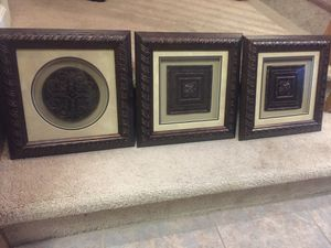 Wall decor- all 3 for $10 for Sale in Oakley, CA