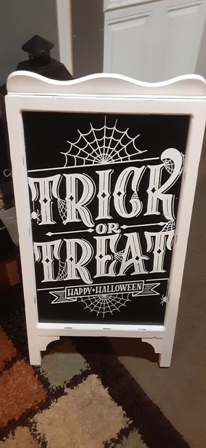 Trick or treat for Sale in Melrose Park, IL