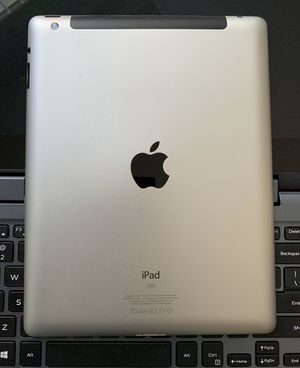 Apple iPad 4, 4thGeneration Usable with Wi-Fi and all Company Carrier SIM for Sale in Springfield, VA
