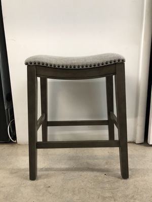 Clewiston Counter & Bar Stool for Sale in Miami, FL