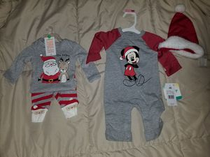 Newborn Christmas clothes for Sale in Fresno, CA