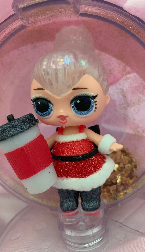 Winter Series * Ultra Rare Lol Doll
