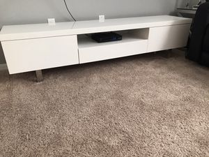 White Gloss TV Stand for Sale in Davenport, FL