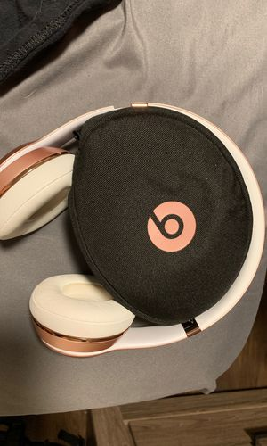 Beats solo 3 wireless for Sale in Spanaway, WA