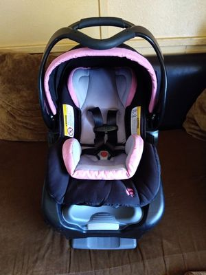 Infant car seat for Sale in Phoenix, AZ