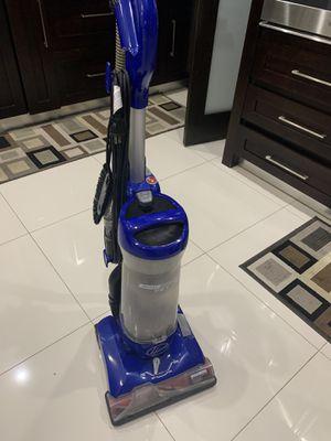 Vacuum cleaner for Sale in Miami, FL