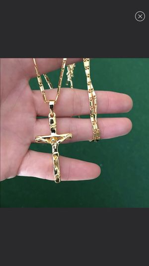 New 18k gold cross necklace for men women for Sale in Cumming, GA
