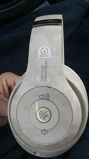 Beats by Dre Wireless Studio 3 for Sale in Springfield, TN