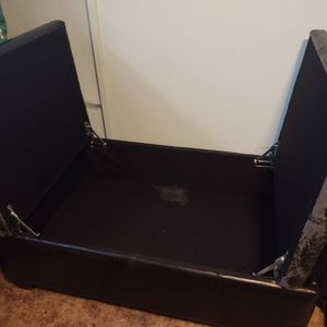 Storage ottoman for Sale in Buffalo, NY