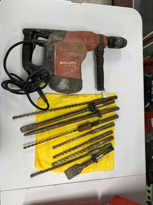 HELTI te 76p-atc rotary hammer drill for Sale in Dearborn Heights, MI