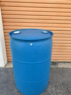 55 gallon closed top drums for Sale in Miami, FL