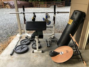 Weight bench, weights, bags, bars & more for Sale in Maple Valley, WA