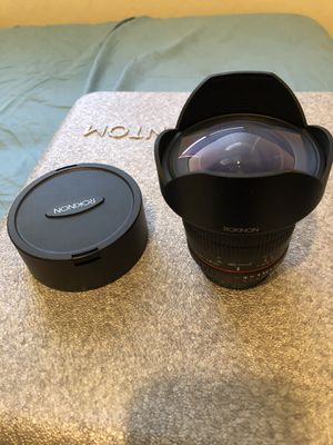 Rokinon 14mm wide angle lens for Nikon full frame for Sale in Hollister, CA