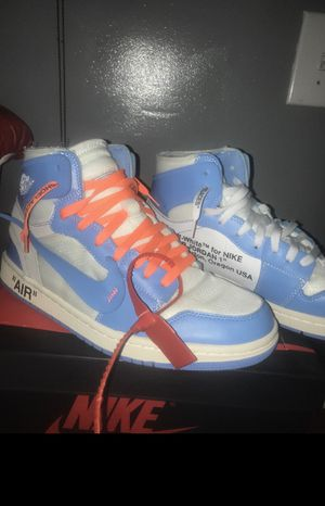 Off white unc for Sale in Frederick, MD