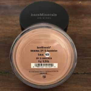 bareMinerals Lot Of 2 Tan Loose Powder Foundation for Sale in Arroyo Grande, CA