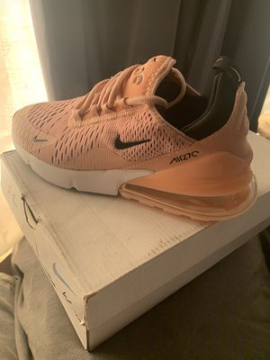Nike air 270 Women size 7 for Sale in Compton, CA
