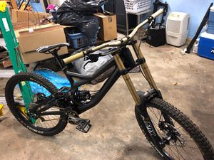 Specialized demo 8 downhill for Sale in San Diego, CA