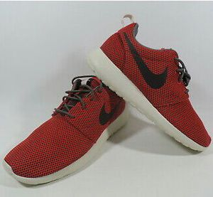 Nike Rosherun GS Shoes Boys and Womens Sizes for Sale in Aurora, IL