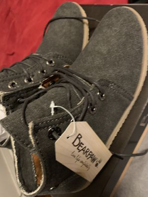 NEW Bearpaw chukka women size 6 for Sale in Fort Worth, TX