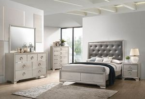 4 piece queen bedroom set queen bed frame dresser and mirror and nightstand for Sale in Antioch, CA