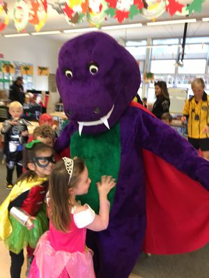 "Purple ""Barney "" Dinosaur Costume!! for Sale in Belmont, CA"